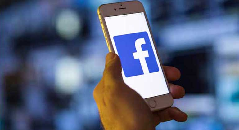 facebook mobile - Facebook's growing ad exodus means more risks to revenue growth