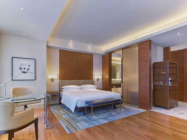 Grand Hyatt Manila Grand Deluxe King.jpg - A grand and safe staycation awaits at Grand Hyatt Manila