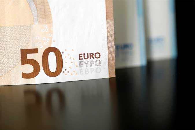 Gov't prepares euro bond issuance